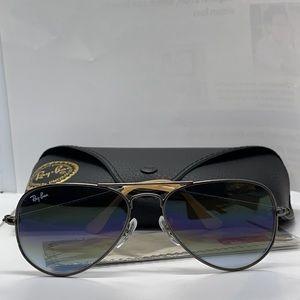 BNIB Rayban Gunmetal with Blue Gradient Lenses